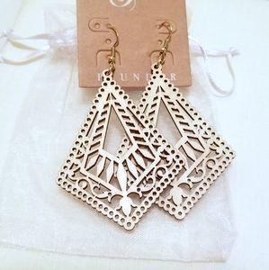 Plunder Daylan earrings